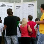 Absolvenţii au două luni la dispoziţie să se înregistreze ca şomeri, dacă nu-şi găsesc un loc de muncă
