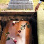 Se schimbă regulile pentru înmormântare