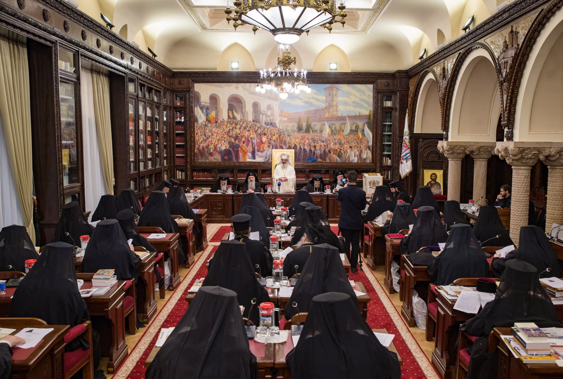 Noi-hotărâri-ale-Sfântului-Sinod-al-Bisericii-Ortodoxe-Române