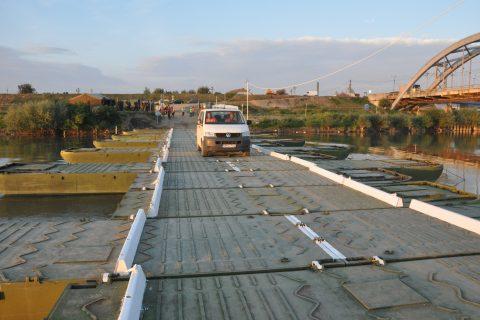 Pod de pontoane peste Olt, la Crihalma- varianta salvatoare până la finalizarea noului pod