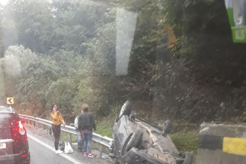 Accident rutier pe DN1, la Hula Bradului