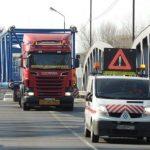 Transport agabaritic, de la Cincu la graniţa cu Ungaria