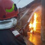 Foto- video. Incendiu puternic la o țeavă de gaz
