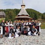 Șezatoare de poveste la Maramureș.  Proiect al Asociației IIA CĂLĂTOARE, cofinanțat de Primăria si Consiliul local Fãgãraș
