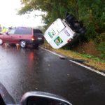 Șoferul autoutilitarei a pierdut controlul asupra direcției de deplasare. Trei victime: o mamă și doi copii