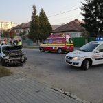 Accident strada Negoiu. A lovit în plin o mașină parcată pe marginea drumului