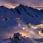 Hotelul de gheață aduce anul acesta lumea subacvatică la Bâlea Lac