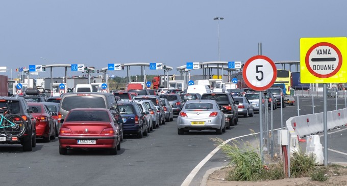 Noi restricţii la intrarea în Ungaria. Alte 19 ţări UE au introdus măsuri de restricţionare pentru români
