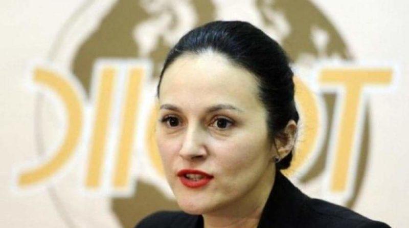 Alina Bica a fost prinsă în Italia. Fosta şefă a DIICOT se sustrăgea pedepsei cu închisoarea