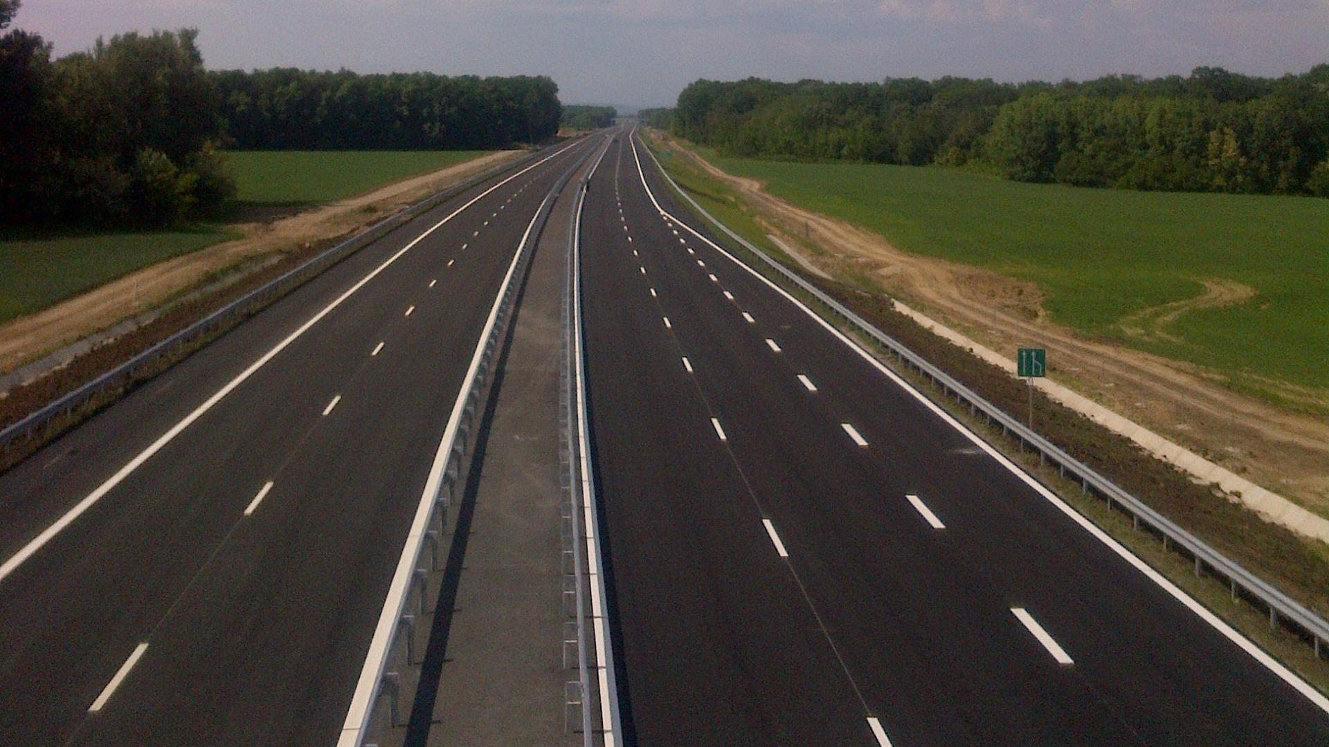 Abandonată în sertare la Ministerul Transporturilor: Autostrada BRAŞOV – Făgăraş