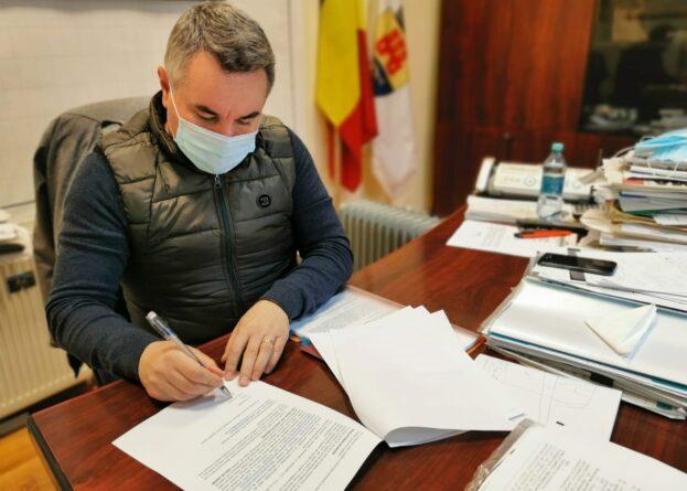 Sucaciu semnare contract generală 7